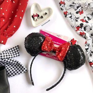 •HP• Disney Minnie Mouse Sequin Ears Headband